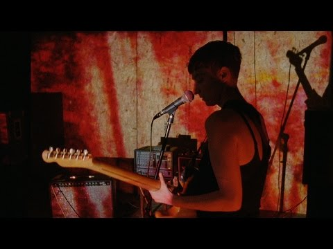 LoneLady – 'Groove It Out'