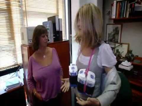 Trinny and Susannah Undress the Nation 2007 2/4