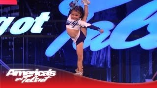 5-Year-Old Darby Is A High Flying Stunting Cheerleader - Amazing!