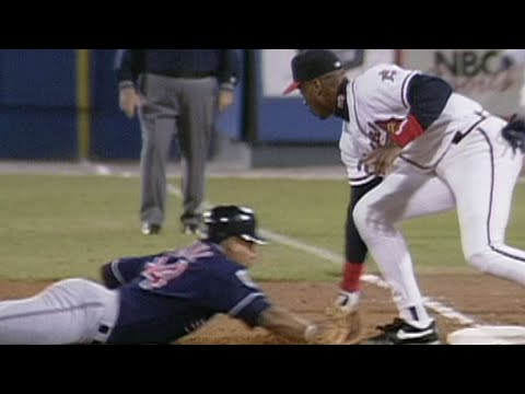 Video: 1995 WS Gm2: Javy Lopez picks off Manny Ramirez at first base