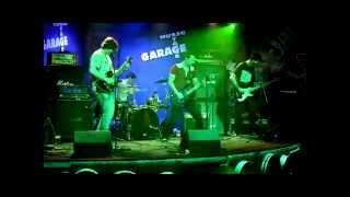 Video Zotrwačnosť - Pasca (live in Garage music bar 2014)