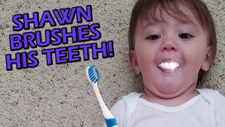 FUNnelVis SHAWN'S 1st STEPS + Won't Go To Sleep + Brushing Teeth!! FUNnel V Vlog