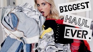 This video is a HUGE summer try on haul from Urban Outfitters, Missguided and Necessary Clothing.  Enjoy!Urban Outfitters:White Jeans: http://go.magik.ly/ml/5osb/Washed Black Mom Jeans: http://go.magik.ly/ml/5osd/Destroyed Mom Jeans: http://go.magik.ly/ml/5ose/Girlfriend Jeans: http://go.magik.ly/ml/5osf/Different Denim Jacket: http://go.magik.ly/ml/5osg/Striped Crop Tank: http://go.magik.ly/ml/5osl/Red Long Sleeve Top: http://go.magik.ly/ml/5osn/Floral Top: http://go.magik.ly/ml/5osp/White Wrap Romper: http://go.magik.ly/ml/5osq/Black Jumpsuit: http://go.magik.ly/ml/5oss/Floral Midi Dress: http://go.magik.ly/ml/5ost/Red Strapless Jumpsuit: http://go.magik.ly/ml/5osm/Missguided: TASHA30 for 30% offHeels: http://go.magik.ly/ml/5osw/Sandals: http://go.magik.ly/ml/5osx/Bandage Top: http://go.magik.ly/ml/5ot0/Bandage Skirt: http://go.magik.ly/ml/5osz/Striped Jumpsuit (Sold out, similar): http://go.magik.ly/ml/5ot4/Sequin Skirt: http://go.magik.ly/ml/5ot5/Suede Studded Dress: http://go.magik.ly/ml/5ot6/Black & White Striped Romper: http://go.magik.ly/ml/5otb/Off the Shoulder Romper: http://go.magik.ly/ml/5ot9/Socks!!!: http://go.magik.ly/ml/5otc/Necessary Clothing:Strapless Tie Romper: http://go.magik.ly/ml/5otf/Two Tone Denim Skirt: http://go.magik.ly/ml/5otg/Striped Cutout Romper: http://go.magik.ly/ml/5oti/Navy Stripe Wrap Romper: http://go.magik.ly/ml/5ote/Two Tone Jeans: http://go.magik.ly/ml/5otk/Striped Tie Shorts: http://go.magik.ly/ml/5otl/Embroidered Shorts: http://go.magik.ly/ml/5otj/Red Crop Top: http://go.magik.ly/ml/5otm/Follow the girl who did my henna on Insta: maheenshennaartFollow me:Instagram: tasha.farsaciTwitter & Snapchat: tashafarsaciFor business promotions only, email me: fiercelytasha@yahoo.com