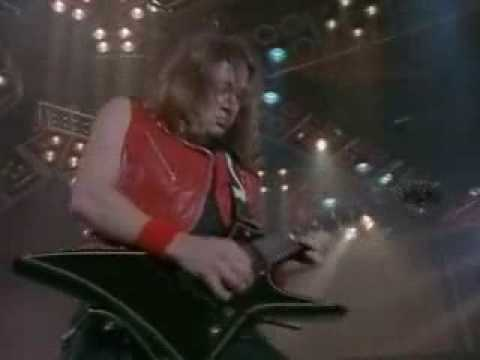 Iron Maiden – Aces High Official Music Video