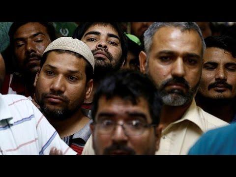Σ. Αραβία: Μετανάστες που εργάζονταν σε κατασκευή καταγγέλουν την εταιρεία ότι δεν τους πληρώνει