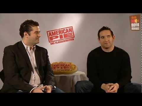 Hayden Schlossberg - Wir trafen die Regisseure in Berlin und sprachen mit ihnen darüber, in welcher Rolle sie sich selber am liebsten gesehen hätten - American Pie 4 Klassentreff...