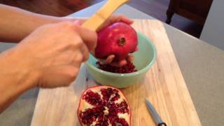 Fastest Way To De-seed A Pomegranate