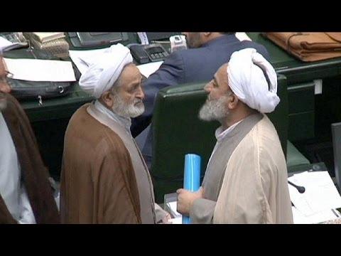 Ιράν: Το κοινοβούλιο ενέκρινε την συμφωνία για τα πυρηνικά