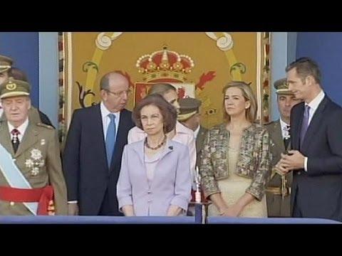 pourquoi la monarchie française est-elle en crise sous louis xvi