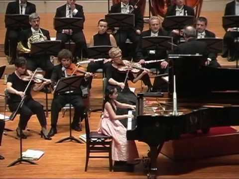 Aika Dan   Chopin Piano Concerto No. 2  Op. 21   2nd mov.  Larghetto