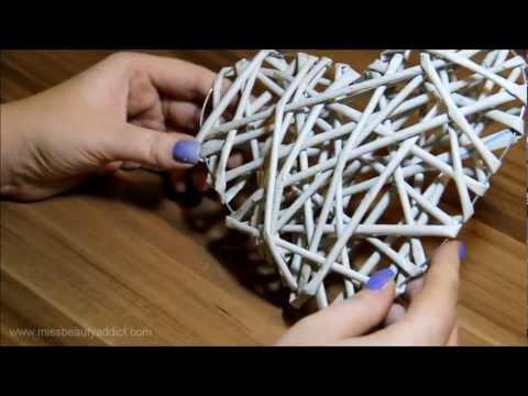 Jak si pomocí pletení z papíru vyrobit papírové srdce