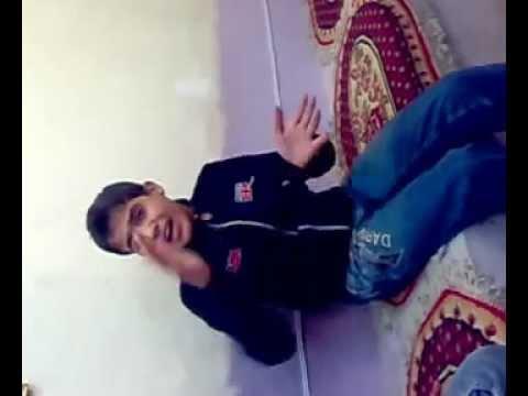 طفل عراقي يغني بس تعالوا .mp4