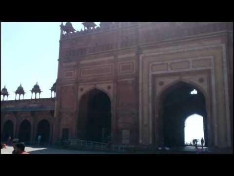 Video Buland Darwaza(बुलन्द दरवाज़ा) Historical landmark in Fatehpur Sikri,agra,India download in MP3, 3GP, MP4, WEBM, AVI, FLV January 2017