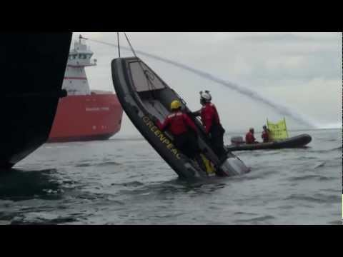 greenpeaceupdate - Greenpeace International activists continued their peaceful protest against Gazprom's Arctic drilling platform Prirazlomnaya into a fifth day. Two activists ...