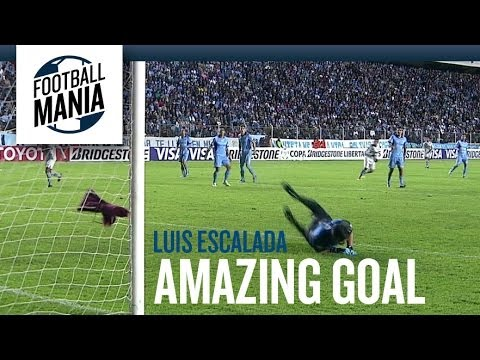 Luis Escalada scores a screamer for Bolivar