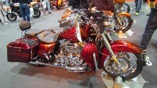 6. 2013 Harley-Davidson CVO Road King - Walkaround - 2012 Toronto Motorcycle Show