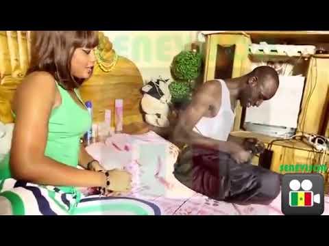 Téléfilms et sckeths sénégalais : Sanex et la fille (Regardez)