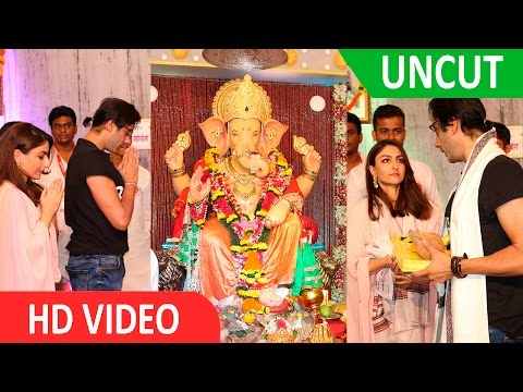 '31st October' Stars Soha Ali & Vir Das Seeks Bappa's Blessing At Andheri Cha Raja