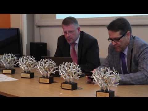 Pirmo reizi Latvijā pasniegtas ārstniecības iestāžu Kvalitātes balvas