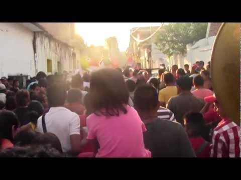 tetecala morelos - La Mojiganga De Tetecala Morelos Mexico 2013, Bailando, Gritando, Disfrutando, Y Tomando En La Moji. www.youtube.com/chinelocoatetelco www.facebook.com/chine...