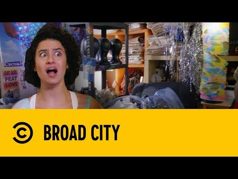 Jaime's Hoarding Nightmare | Broad City