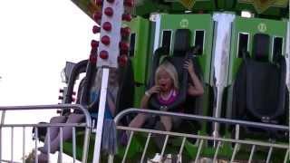 Video Macie E rides the Super Shot at Otter Tail County Fair MP3, 3GP, MP4, WEBM, AVI, FLV Juli 2018