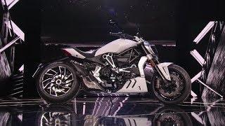 6. 2018 Ducati Diavel in WHITE!!!! FINALLY!