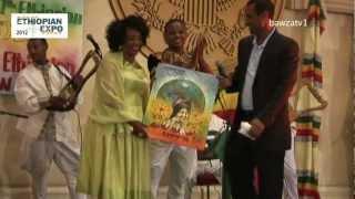 Artist Alemtshay Wodajo Receiving Award @ Ethiopian Expo 2012.mov