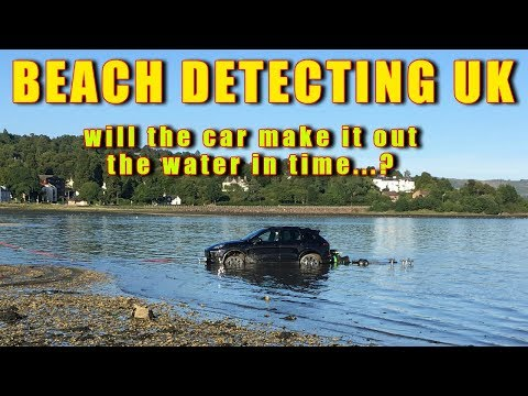 BEACH DETECTING UK CAR SUBMERGED IN WATER RHU HELENSBURGH SCOTLAND UNBELIEVABLE
