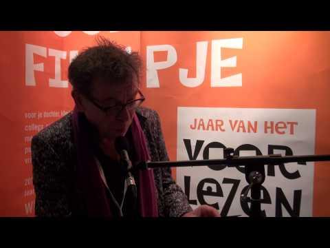 Martin de Vries leest voor