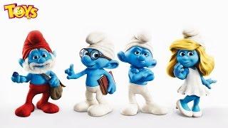 """ToysTV kanalimda yeni videom - İngilizce Çocuk Şarkıları Şirinler Klibi! Smurfs Clip! Kids Songs and Clips! Baby Ryhmes! Baby Nursery! Skip to My Lou!https://www.youtube.com/watch?v=4KTmyW_fc2whttps://www.youtube.com/watch?v=oZc0vQm7ElIhttps://www.youtube.com/watch?v=YrIwlnFjHichttps://www.youtube.com/watch?v=RTyBDVsyjjshttps://www.youtube.com/watch?v=rIeD6CCYb98Bu videomda Sevgili Şirinler karakterleri ile  Ingilizce ÇoCUK şarkılarından """"Skip To My Lou"""" şarkısını dinliyoruz!Şirinler 3 Filmi yakında vizyonda olacak! Siz de uslu bir çocuk olursanız Şirinleri görebilirsiniz!Şirin Baba: Asıl adı: Schtroumpf. Şirinler'in lideridir. Diğer şirinlerin aksine kırmızı kıyafetleriyle dikkat çeker. Sihir konusunda uzmandır.Şirine: Şirin Köyü'ndeki ilk kız şirindir. Uzun, dalgalı ve sarı saçlara sahiptir. İlk olarak Gargamel tarafından Şirinler'i yok etmek amacıyla ortaya çıktı ancak Şirin Baba onu sihirle değiştirdi.Gözlüklü Şirin: Şirinler içinde tek gözlüklü olanı. Kitap okur, kitap yazar ayrıca çok gevezedir. Genellikle konuşmasını bitiremeden diğer Şirinler tarafından fırlatılıp atılır ve hep kafa üstü düşer. Şirin Babanın yardımcısıdır.Usta Şirin: Köyün her konuda uzman dâhi Şirin'i. Yaptığı icatlar sayesinde Şirinler'in hayatını kolaylaştırır. Ve akıllıdır. Kulağının arkasında bir kalem takılıdır.Hayalci Şirin: Her zaman hayalî yerler ve kişiler görür.Somurtkan Şirin: Köydeki en anti-sosyal Şirin'dir. Her şeyden nefret eder.Aşçı Şirin: Köyün obur aşçısı. Çoğu zaman kendi yemeklerini köydekilere silah olarak verir ya da kendisi yer.Güçlü Şirin: Köyün en güçlüsüdür. Genellikle evinde ağırlık malzemeleri bulunur. Kolunda bir kalp dövmesi vardır. Ve Şirineye aşıktır.Süslü Şirin: Kulak arkasında bir çiçek takılıdır. Elinde aynası eksik olmaz.Şakacı Şirin: Köyde herkese şaka yapan şirindir. Çoğu zaman diğer şirinlere bir hediye paketi verir ve pu paket her seferinde aynı şekilde açan şirinin elinde patlar.Tembel Şirin: İki ağaca bağladığı hamağında sürekli uyur ve başka biri ş"""