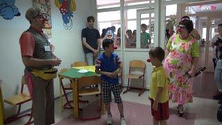 Crveni nosovi donijeli osmijehe na lica najmađim pacijentima SKB Mostar