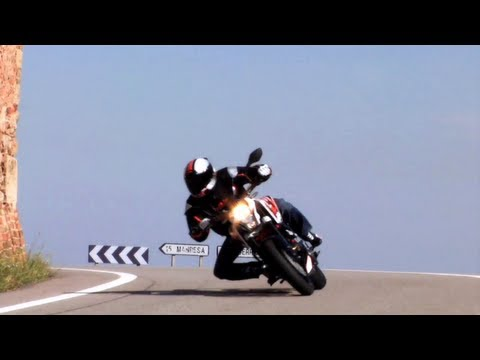 raptorama - 2013 KTM 390 Duke Official video http://www.facebook.com/Raptorama.