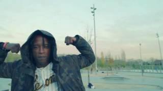 Artista: Reke Tema: Cree en ti Album: Una Sangre Vol 2 Mixtape La Resurreccion Genero: Hip-hop/Rap/ Director: Nagazaky Filmado en: Madrid/España una ...