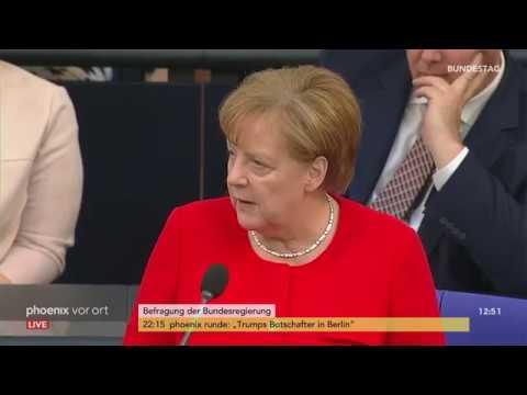 Angela Merkel stellt sich Fragen des Parlaments am 06 ...