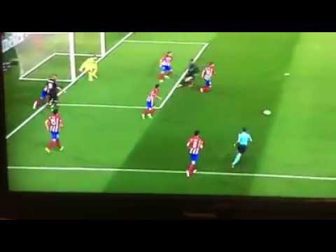 Benzema amazing dribble and Isco goal Atletico Madrid 2-1 Real Madrid