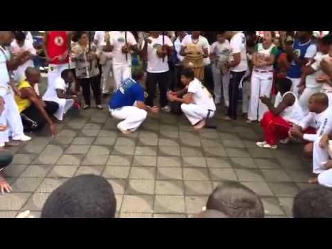 Roda capoeira raiz do brasil