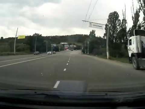 Водитель не пропустил при выезде с второстепенной дороги