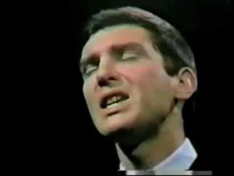 Tekst piosenki Gene Pitney - Twenty Four Hours From Tulsa po polsku