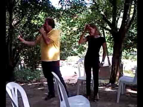 65456 - Em reunião com os moradores da Base Rural de Olinda, o prefeito Renildo 65 defendeu a candidatura de Fabiola Vasconcelos para ocupar e renovar a Câmara de Ve...