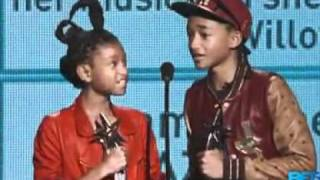 Jaden and Willow Smith win at BET Awards - YouTube