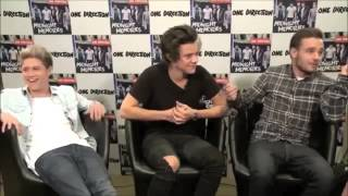 Niall & Harry can't stop laughing at liam during interview (HILARIOUS) - Spain, Madrid 2013