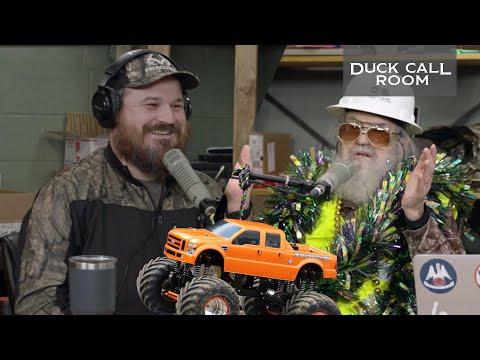 Si Robertson Jumps a Monster Truck Like a BOSS   Duck Call Room #6