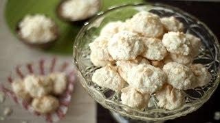 Macarons meringue-coco