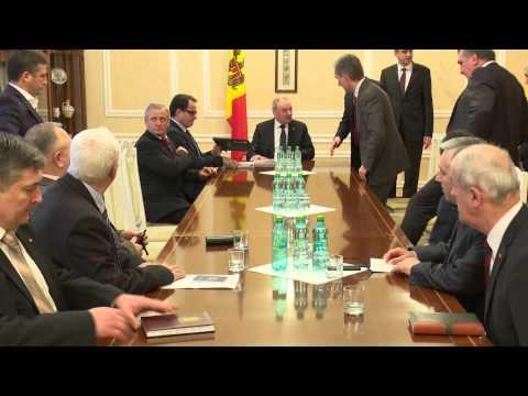 Președintele Nicolae Timofti a purtat consultări cu fracțiunile parlamentare ale PLDM, PDM, PCRM și PL