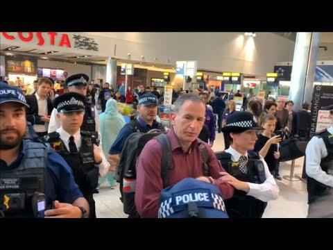 Flughafen London Heathrow verhindert Flugbetriebsstör ...