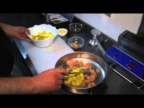 Receta e Ditës - Fileto pule me kikirika