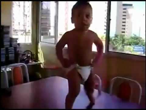Baby Dancing on Table Top - Waka Waka Shakira
