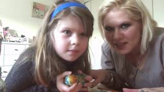 It's Thanksgiving break, and my daughter, the talented Miss Eva, gave me a great idea for a video we originally published via Facebook Live. Here we show you ...