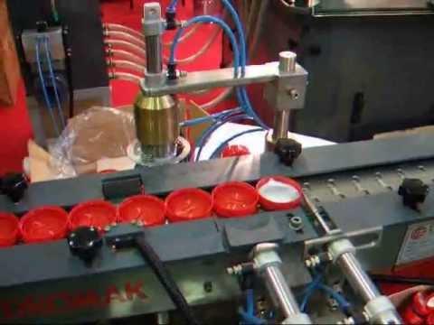 Kapak İçi Folyo Yerleştirme Makinesi